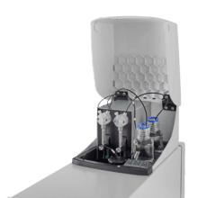 VICTOR Nivo multimode plate reader has an optional dual-injector dispenser module